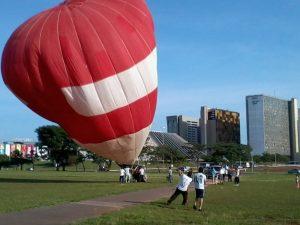 Ballon in Brasilia vor dem Start