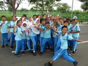 Fernreise nach Jakarta Indonesien - Schulkinder